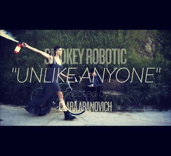 Unlike Anyone – Smokey Robotic Video